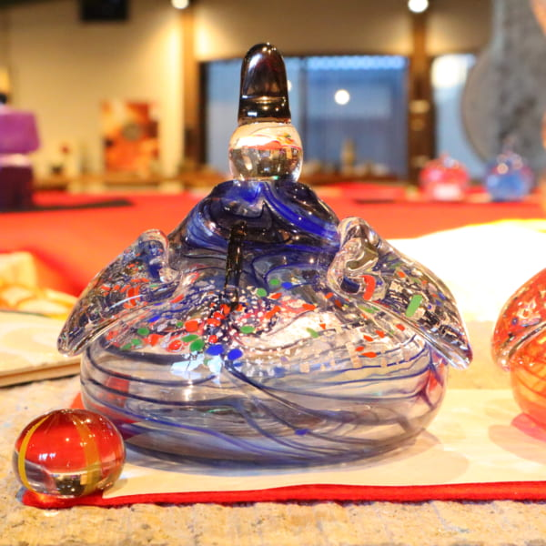【間宮香織】ガラスのおひなさまD